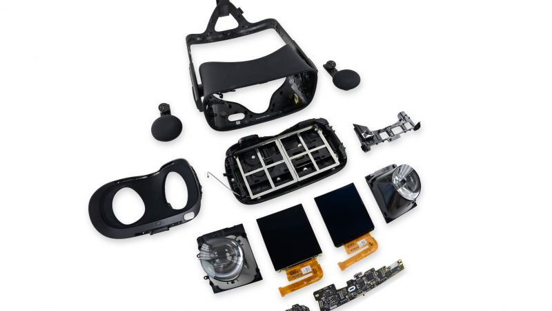 Oculus Rift, Oculus Touch, Virtual Reality, VR headset, unassembled