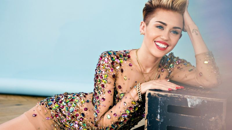 MILEY CYRUS, smile, Most popular celebs (horizontal)