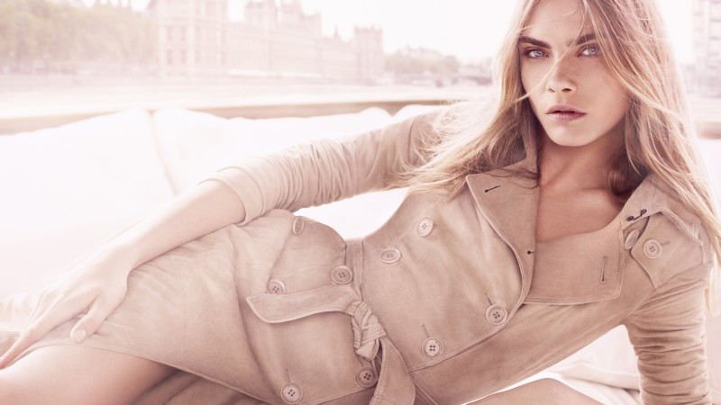 Cara Delevingne, model, actress, blonde, coat, look