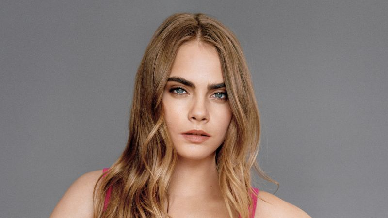 Cara Delevingne, model, actress, blonde, look, beach, sea, water, wet, T-shirt (horizontal)