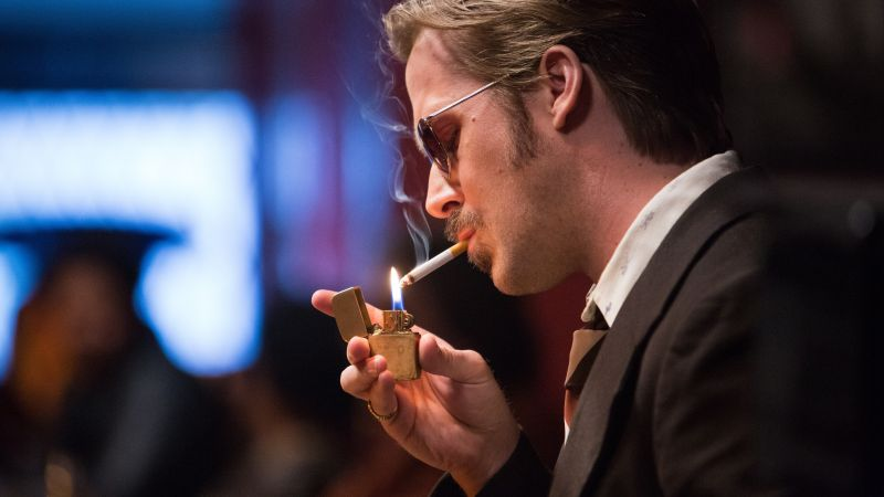 The Nice Guys, Ryan Gosling, smoke, best movies of 2016 (horizontal)