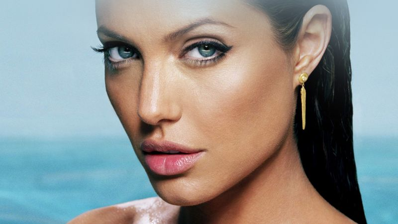 Angelina Jolie, Most popular celebs, actress, model, brunette