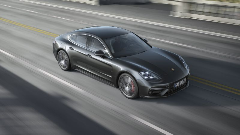 Porsche Panamera Turbo, sedan, black (horizontal)