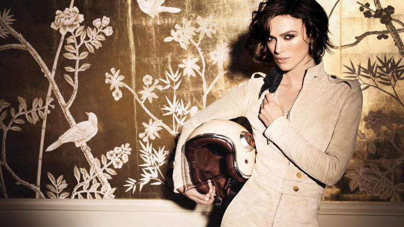Keira Knightley, Actress, brunette, look, room, helmet, jumpsuit, Pirates of the Caribbean
