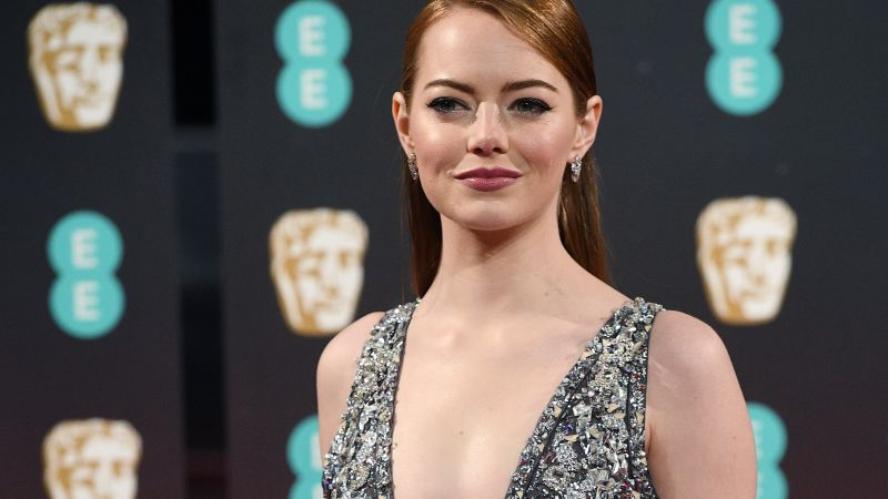 Emma Stone, BAFTA 2017, winner, dress, red carpet (horizontal)