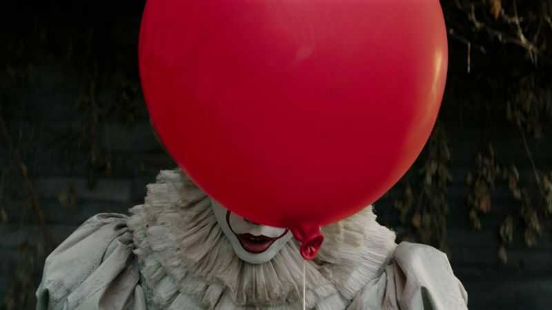 It, Pennywise, balloon, clown, best movies (horizontal)