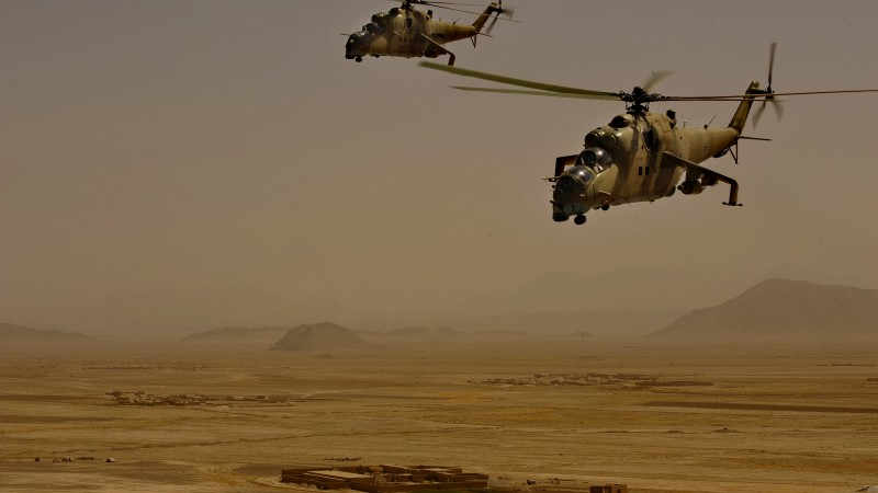 Mi-35, Mil, attack helicopter, Russian Army, Afganistan, desert, flight (horizontal)