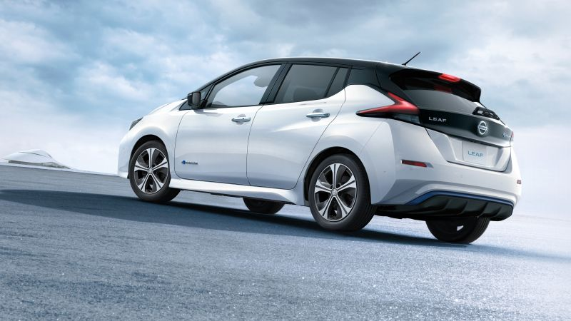 Nissan Leaf, electric car, 5k (horizontal)