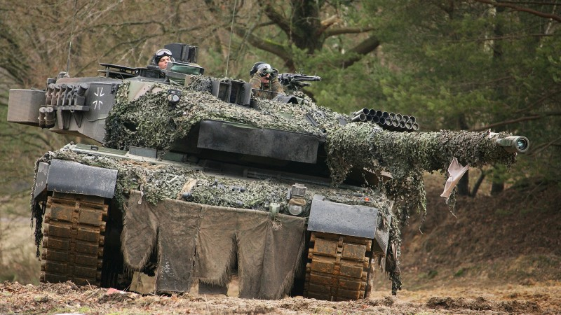 Leopard 2, MBT, tank, German, military vehicle, Bundeswehr, camo, field