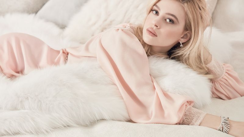 Nicola Peltz, hot, 4k (horizontal)