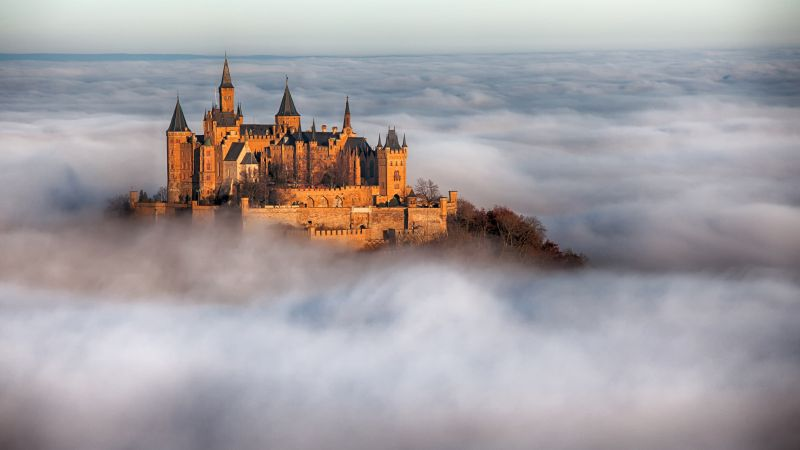 Hohenzollern Castle, Germany, fog, 4k (horizontal)