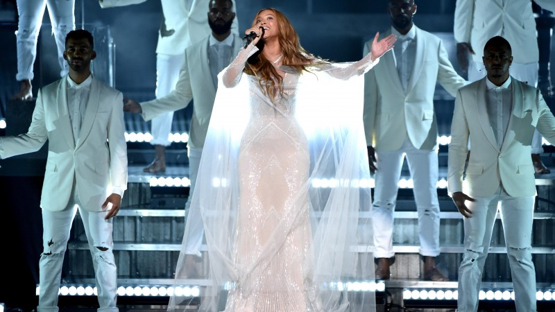 Beyonce, Most Popular Celebs in 2015, Grammys 2015 Best Celebrity, singer, songwriter, actress (horizontal)