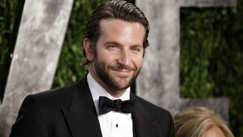 Bradley Cooper, Most Popular Celebs in 2015, actor, producer, American Sniper, film (horizontal)