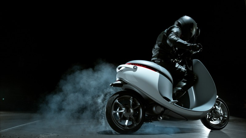 Gogoro Electric, Smartscooter, scooter, bike, city cars, electric, review, test drive, buy, rent (horizontal)