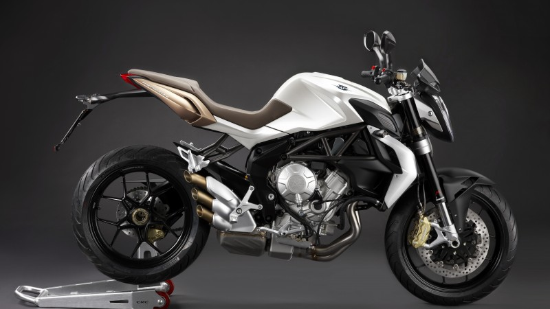 MV Agusta Brutale 675, motorcycle, racing, sport, bike, sport bike, review, test drive, buy, rent