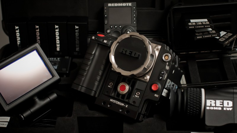 Red Epic, EPIC-M, MYSTERIUM-X, Dragon Collection, rdm, camera, film, professional, review, rent (horizontal)