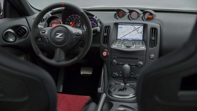 Nissan 370Z, NISMO, Fairlady Z, sports car, luxury cars, review, test drive, black, interior (horizontal)