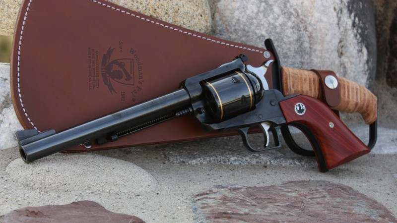 Ruger Super Blackhawk .44 Magnum, revolver, review (horizontal)