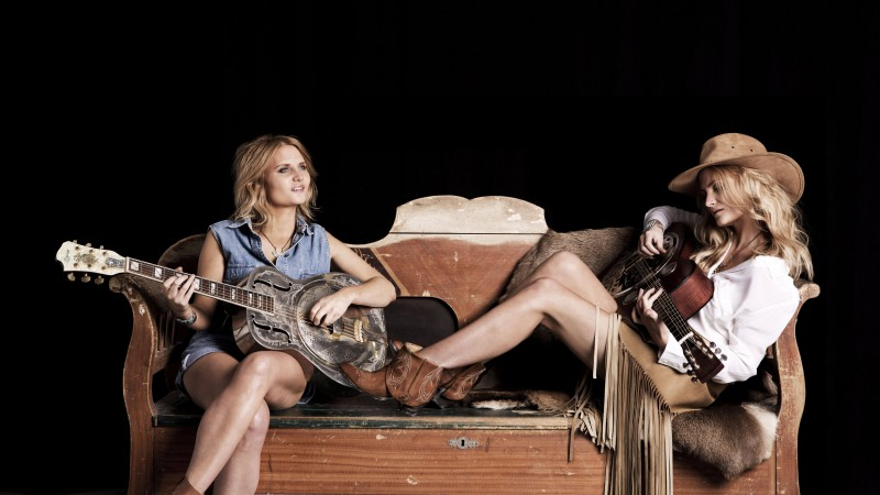 Millers Daughter, Lou Miller, Christie Miller, singer, music, guitar, sofa, blonde (horizontal)