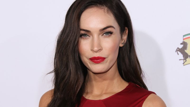 Megan Fox, Most Popular Celebs in 2015, actress, model, brunette (horizontal)