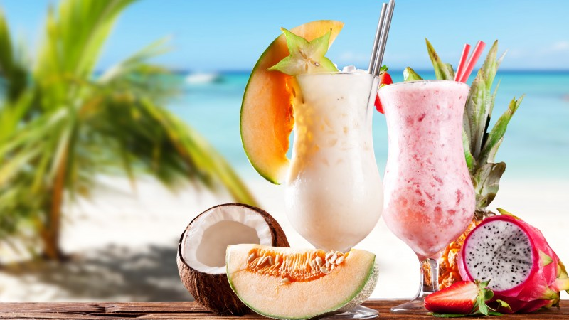milk shake, drinks, cocktail, summer, sun, fruit, pineapple, Pitahaya, carambola, pineapple, coconut, melon, strawberries (horizontal)
