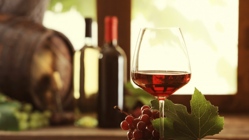 Wine, drink, alcohol, grapes, leaves (horizontal)