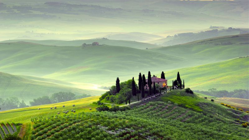 Tuscany, 4k, HD wallpaper, Italy, Hills, meadows, house, fog (horizontal)