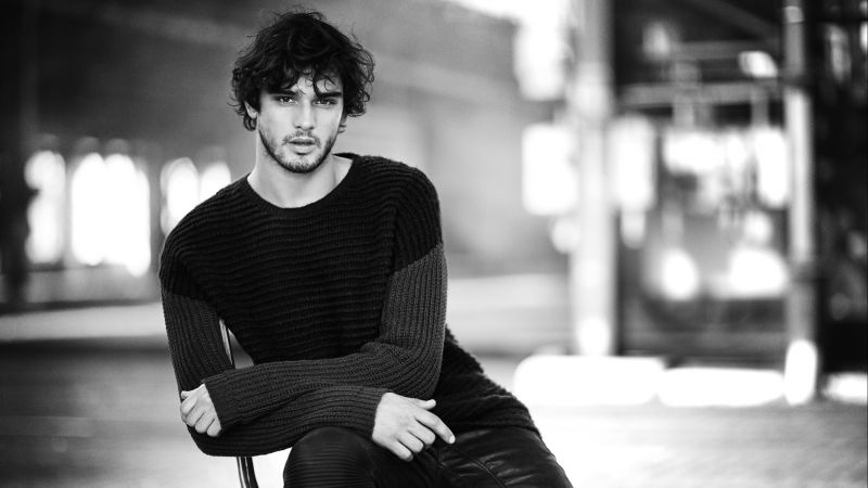 Marlon Teixeira, Top Fashion Male Models, model, beach (horizontal)
