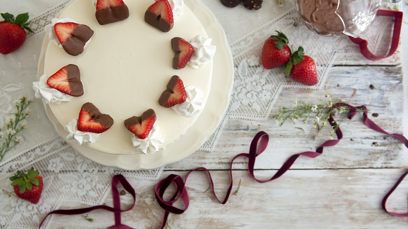 cake, love, cream, chocolate, strawberry,  (horizontal)