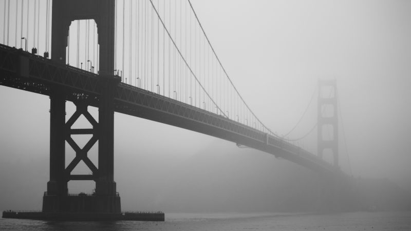 London bridge, London, UK, fog, travel, tourism (horizontal)