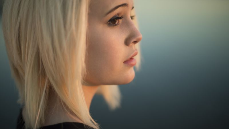 Bea Miller, Top music artist and bands, singer, blonde (horizontal)