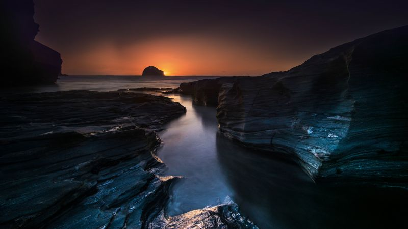 Trebarwith Strand, England, travel, tourism, sunset, cliff, sea