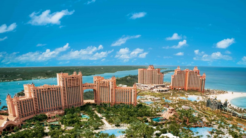 Bahamas, island, resort, hotel, sea, ocean, travel, booking, pool, beach, palm, vacation, sky, blue (horizontal)