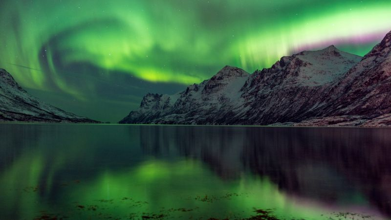 Aurora Borealis, 5k, 4k wallpaper, Abisko, Sweden, tourism, travel, green, lake, National Park (horizontal)