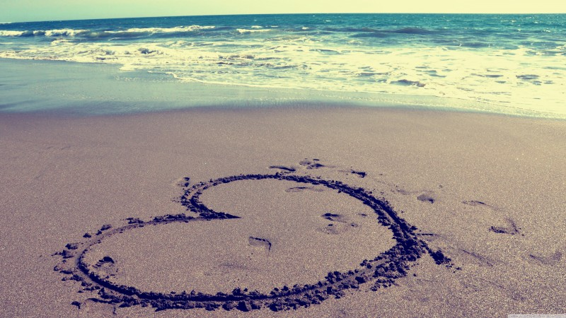Valentine's Day, February 14, heart, sand, sea, love (horizontal)