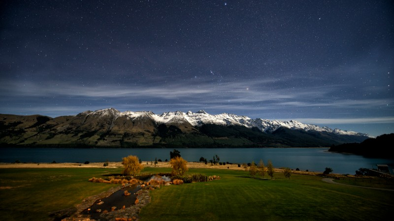 New Zealand, Queenstown, Lake Wakatipu, stars, mountain, snow, green grass, sky, landscape