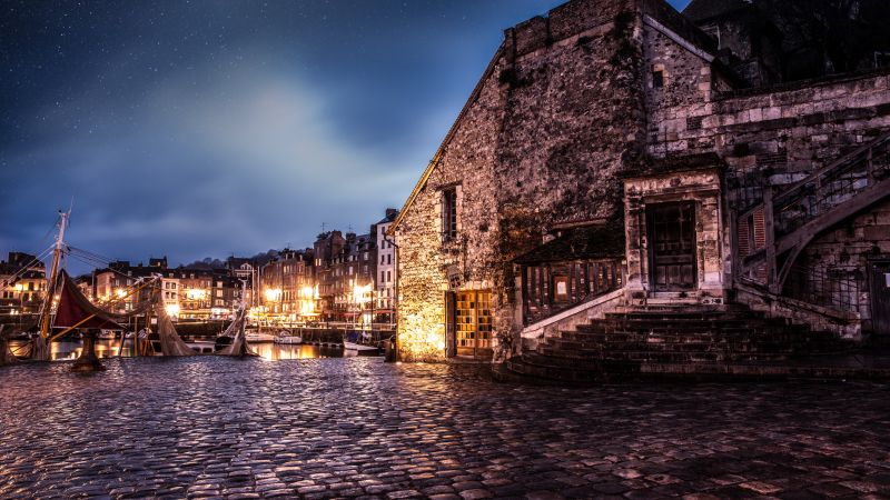 Honfleur, France, travel, tourism, booking (horizontal)