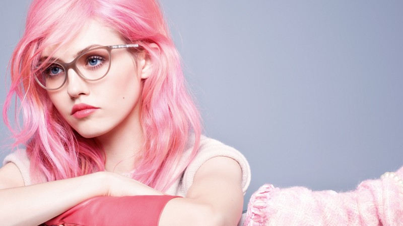 Charlotte Free, fashion model, Chanel, pop rock, pink, glasses (horizontal)
