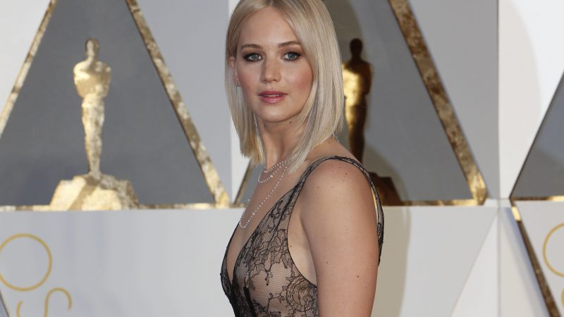 Jennifer Lawrence, Oscar 2016, red carpet, Most popular celebs, actress (horizontal)