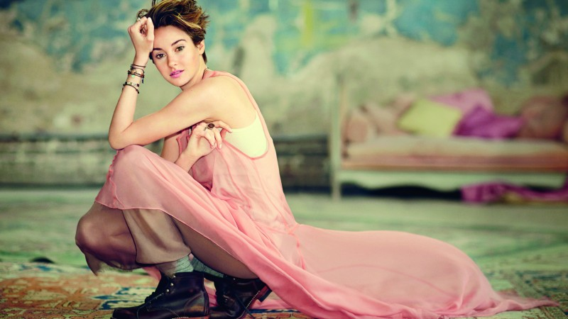 Shailene Woodley, The Secret Life of the American Teenager, The Fault in our stars, Divergent, girl, dress, plume, pink