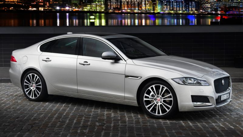 Jaguar XF Portfolio, sedan, grey (horizontal)