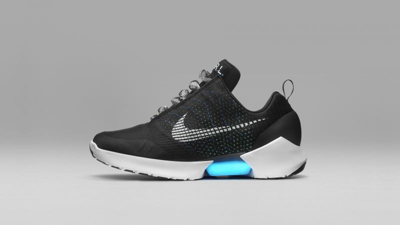Nike HyperAdapt 1.0, self lacing, smart sneakers, BACK TO THE FUTURE 2