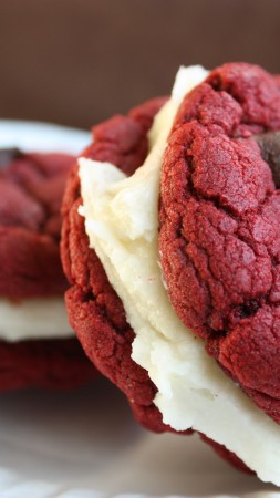 cookies, red velvet, sandwich, chocolate, cream, cooking, recipe (vertical)