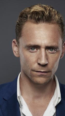 Tom Hiddleston, The Night Manager, Best TV Series of 2016 (vertical)