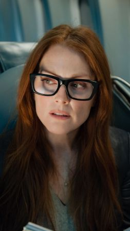 Julianne Moore, Julie Anne Smith, Actress, model, sofa, red hair, lion, cub, look, room, interior (vertical)