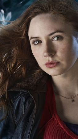 Karen Gillan, Most popular celebs, actress, model (vertical)