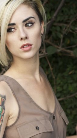 Alysha Nett, Most popular celebs, actress, model (vertical)