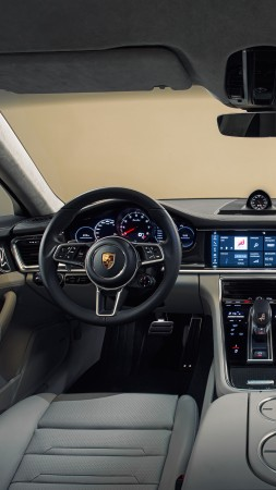 Porsche Panamera Turbo, sedan, interior (vertical)