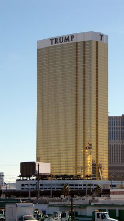 TRUMP, hotel, Las Vegas, USA (vertical)
