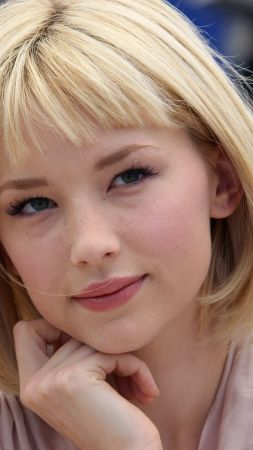 Haley Bennett, actress, blonde (vertical)